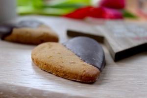 Choc dipped cookies