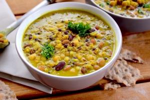lentil stewp in bowls