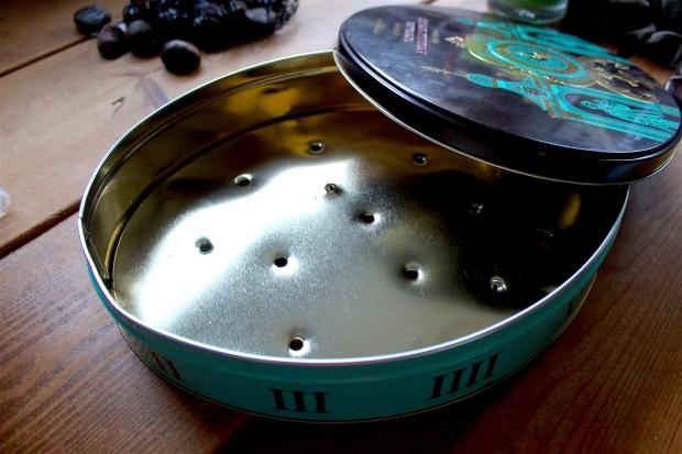 Chestnut tin